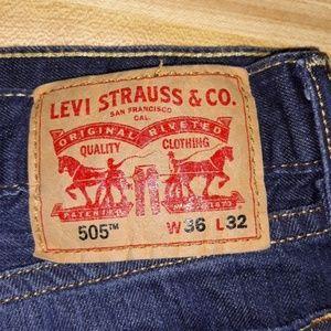 Mens Levi's 505 Jean's W36 x 32L great shape